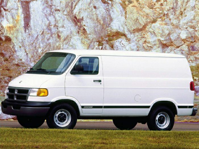 2000 dodge ram van 1500 specs safety rating mpg carsdirect. Black Bedroom Furniture Sets. Home Design Ideas