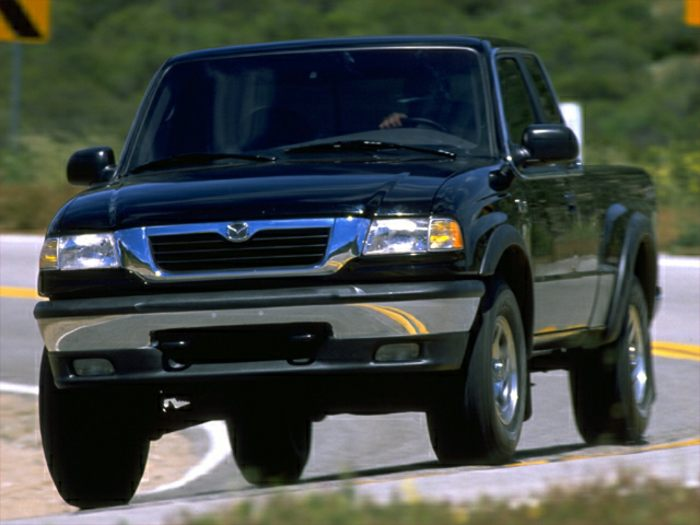 2000 mazda b2500 specs safety rating mpg carsdirect. Black Bedroom Furniture Sets. Home Design Ideas