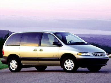 3/4 Front Glamour 2000 Plymouth Voyager