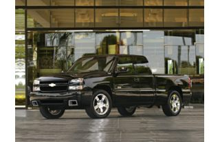 3/4 Front Glamour 2006 Chevrolet Silverado 1500 SS