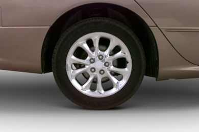 Tires 2000 Chrysler LHS