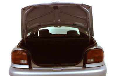 Trunk/Cargo Area/Pickup Box 2000 Chevrolet Metro