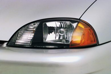 Headlamp  2000 Chevrolet Metro