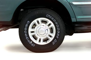 Tires 2000 Ford Expedition