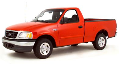 3/4 Front Glamour 2000 Ford F-150