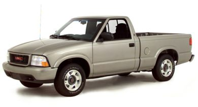 3/4 Front Glamour 2000 GMC Sonoma