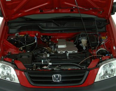 Engine Bay  2000 Honda CR-V