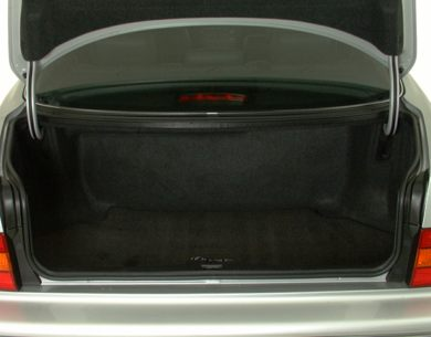 Trunk/Cargo Area/Pickup Box 2000 Lexus LS 400