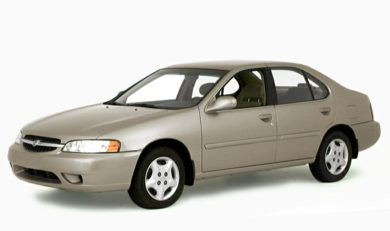 3/4 Front Glamour 2000 Nissan Altima