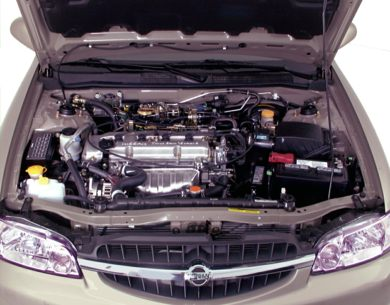 Engine Bay  2000 Nissan Altima