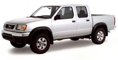3/4 Front Glamour 2000 Nissan Frontier