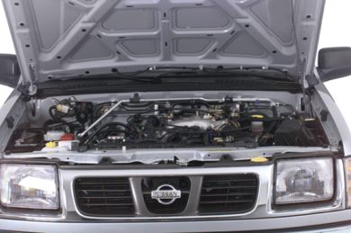 Engine Bay  2000 Nissan Frontier