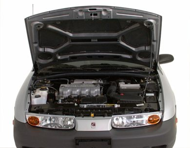 Engine Bay  2000 Saturn SL