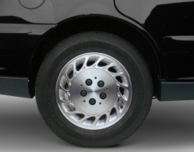 Tires 2000 Saturn LS2