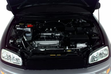 Engine Bay  2000 Toyota RAV4