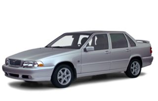 3/4 Front Glamour 2000 Volvo S70