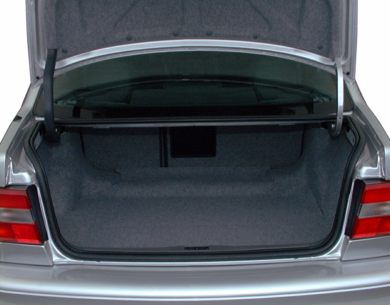 Trunk/Cargo Area/Pickup Box 2000 Volvo S70