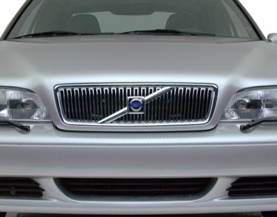 Grille  2000 Volvo S70