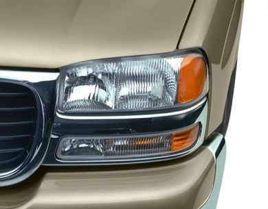 Headlamp  2001 GMC Yukon XL 2500