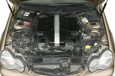 Engine Bay  2001 Mercedes-Benz C320