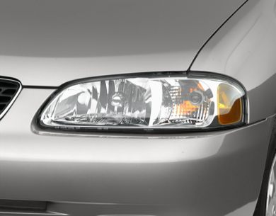 Headlamp  2001 Nissan Sentra