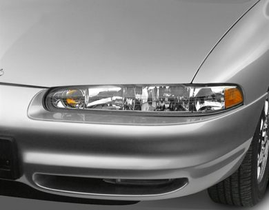 Headlamp  2001 Oldsmobile Intrigue