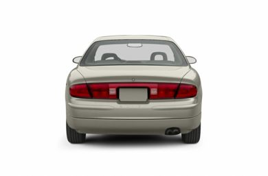 Rear Profile  2002 Buick Regal