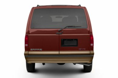 Rear Profile  2002 GMC Safari