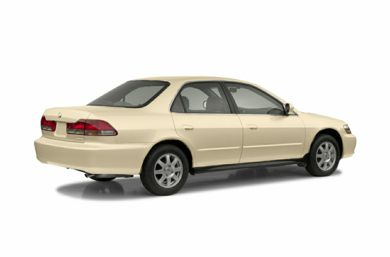 3/4 Rear Glamour  2002 Honda Accord