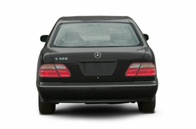 Rear Profile  2002 Mercedes-Benz E320