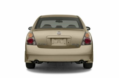 Rear Profile  2002 Nissan Altima