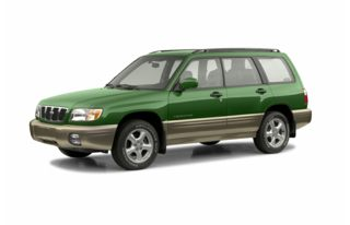 3/4 Front Glamour 2002 Subaru Forester