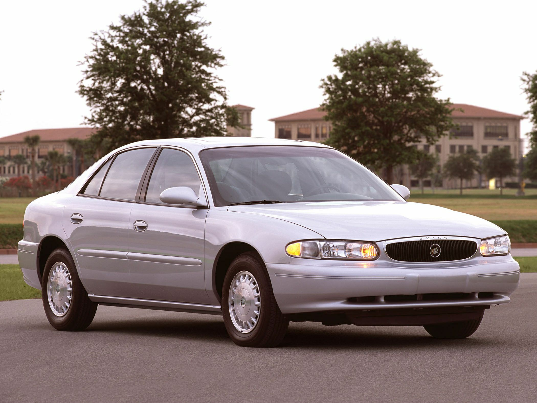 2003 Buick Century Specs Safety Rating Amp Mpg Carsdirect