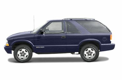 90 Degree Profile 2003 Chevrolet Blazer