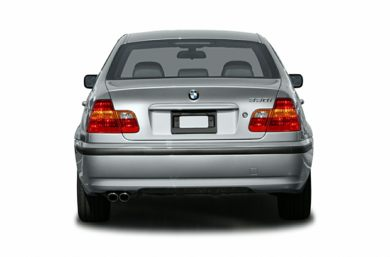 Rear Profile  2004 BMW 330