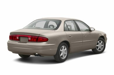 3/4 Rear Glamour  2004 Buick Regal