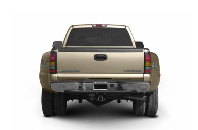 Rear Profile  2004 Chevrolet Silverado 3500