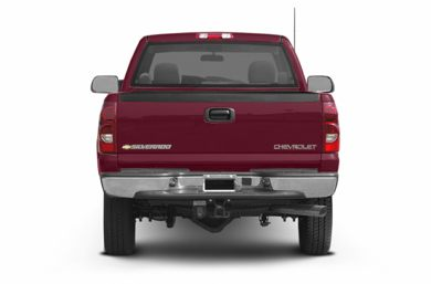 Rear Profile  2004 Chevrolet Silverado 2500HD