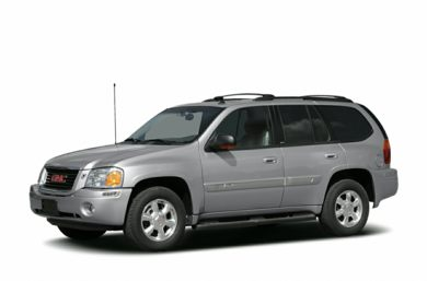 3/4 Front Glamour 2004 GMC Envoy