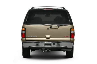 Rear Profile  2004 GMC Yukon XL 2500