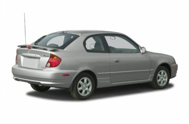 3/4 Rear Glamour  2004 Hyundai Accent