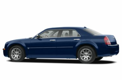 3/4 Rear Glamour  2005 Chrysler 300C