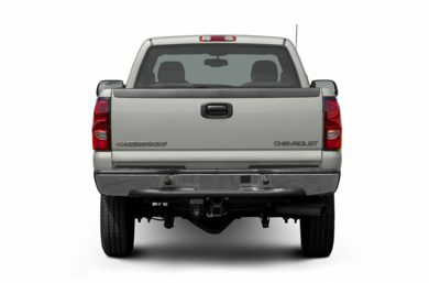 Rear Profile  2005 Chevrolet Silverado 2500HD