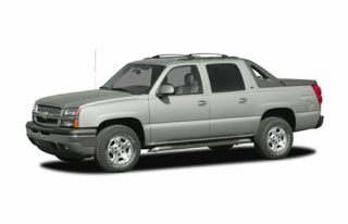 3/4 Front Glamour 2005 Chevrolet Avalanche 2500