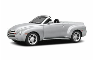 3/4 Front Glamour 2005 Chevrolet SSR