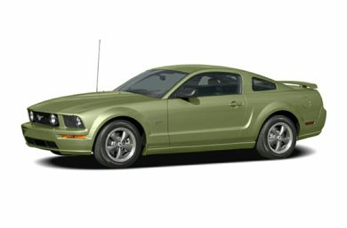 3/4 Front Glamour 2005 Ford Mustang