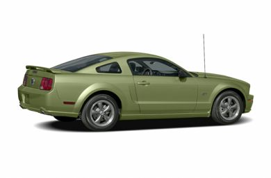 3/4 Rear Glamour  2005 Ford Mustang