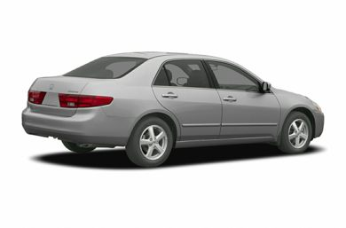 3/4 Rear Glamour  2005 Honda Accord