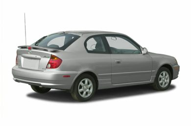 3/4 Rear Glamour  2005 Hyundai Accent