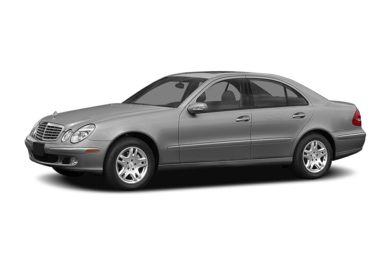 3/4 Front Glamour 2005 Mercedes-Benz E320